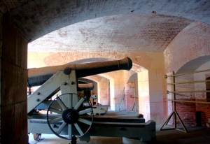 This line of cannons stood ready for any Confederates that might try to capture the bay.